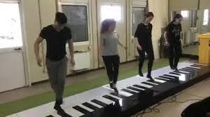 pianoforte gigante